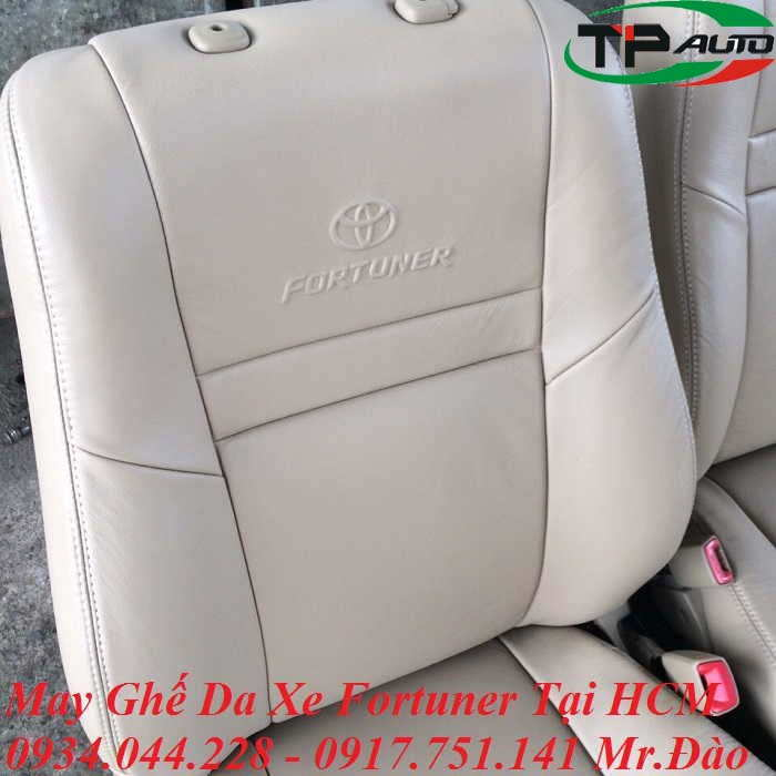 may-ghe-da-xe-fortuner-hcm