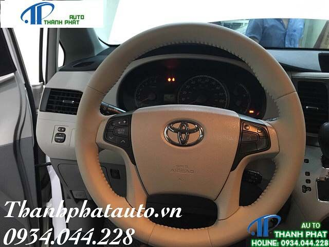 cửa hàng khâu da vô lăng xe Mazda CX9
